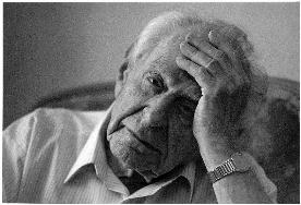 Photograph: Karl Popper, Prague, May 1994